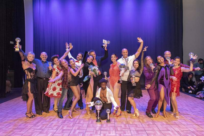 Stars and dancers 2019 :  Laura Crawford and Bob Murray, Amy Snow and Brian Spector, Megan Acosta and David Bradford, Marianella Tobar and Eddie Arguelles, Overall Winners Travis Scott and Maggie Slobasky, Fabi Gonzalez and Faith Mary Angela, Dean Lopes and Bimika Salois, Craig Calvin and Kim Brisky. Photo by Liz McKinley
